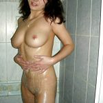 mature brunette gros nichons 11